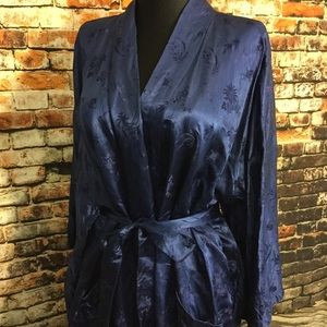 Vintage Intimates & Sleepwear - Vintage silk robe , xL